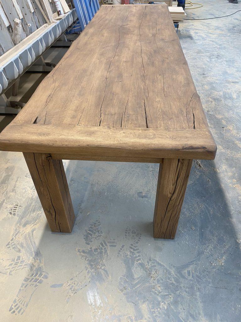 Masivní dubový selský stůl 4
