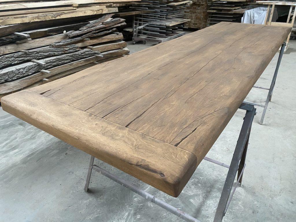 Masivní stolová dubová deska z fošen
